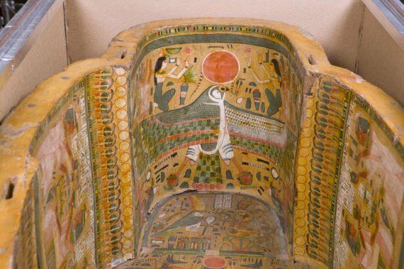 Sarkofagi sisältä